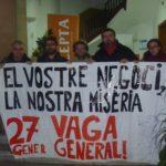 Membres de l'Ateneu Llibertari Alomà han ocupat el local de la patronal tarragonina CEPTA