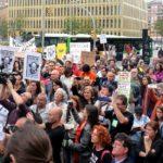 Concentració solidària a la Ciutat de la Justícia