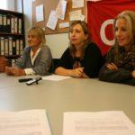 Roda de premsa 11 novembre. D'esquerra a dreta, Teresa Dávila, l'advocada Neus Vitó i Sandra Lorente